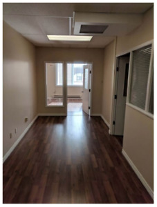 PRIME LOCATION - Galt Office Space - Bright and Clean