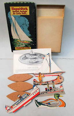 1924 Happiworks FLOATINGTOYS Boat Set mint in box Gibson Art Co.