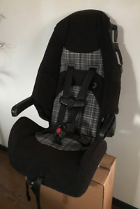 GREAT CARSEATS IN GREAT SHAPE, LOOKING FOR A NEW HOME!!