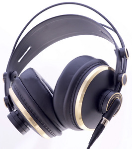 *Professional* studio/DJ headphones or earbuds. BRAND NEW!!