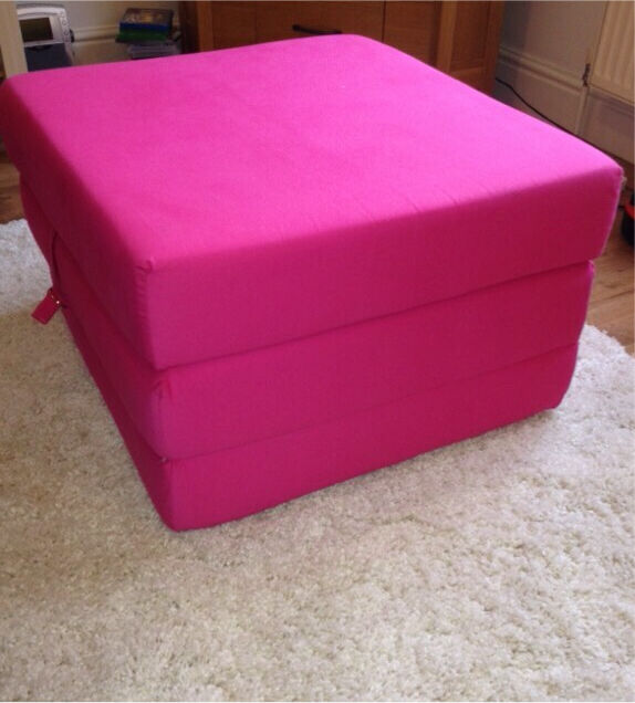 Foam Cube Chair Bed / Fold Out Bed