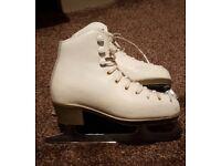 GIRLS Risport White Figure Skates Size 31 UK 12.5