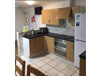 Student Accommodation - En Suite Double Bedroom Close to DMU & City Centre