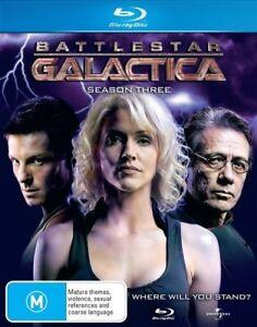 BATTLESTAR GALACTICIA - SEASON 3 (5 DISC SET) - BLU-RAY - REGION B - NEW