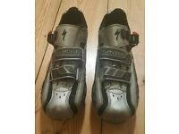 For sale is a pair of the Specialized Body Geometry cycling shoes.