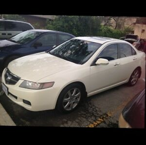 Beautiful Pearl White Acura TSX with black leather interior