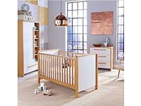Izziwotnot latitude nursery set ex display