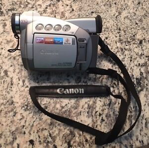 Canon ZR50MC Digital Camera with accessories - OPEN TO OFFERS