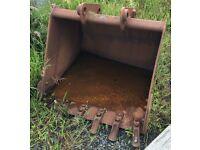 MF 50B Digging bucket