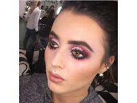 QUALIFIED MAKE-UP ARTIST ALBERT DOCK