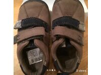 New Clarks shoes grey and navy 4 1/2 F