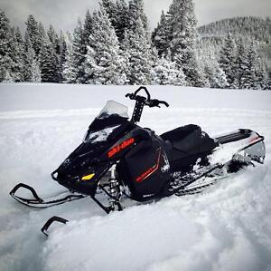 "2015 Ski-Doo Summit SP 800 154"""