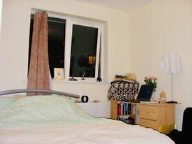 En-suite Double Room to let inc all bills & Internet