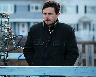 CASEY AFFLECK.. Manchester By The Sea's Lee Chandler - SIGNED