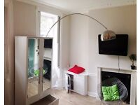 Bright double studio apartment in Leigh Street, Bloomsbury, London WC1H
