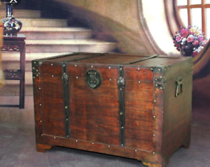 IN SEARCH OF: Wooden chest / trunk