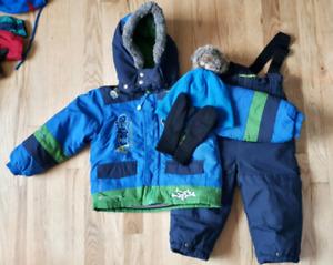 Manteau hiver et nécessaire 24 mois