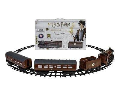 Lionel trains Harry Potter Hogwarts Express 1 Battery-Powered train set 37 piece
