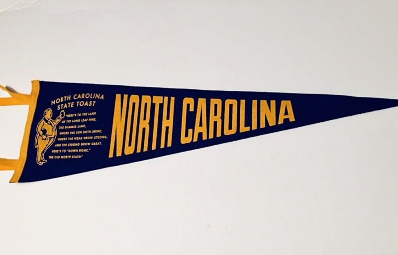 Custom Designed State Of North Carolina Vintage Style Felt Pennant Souvenir