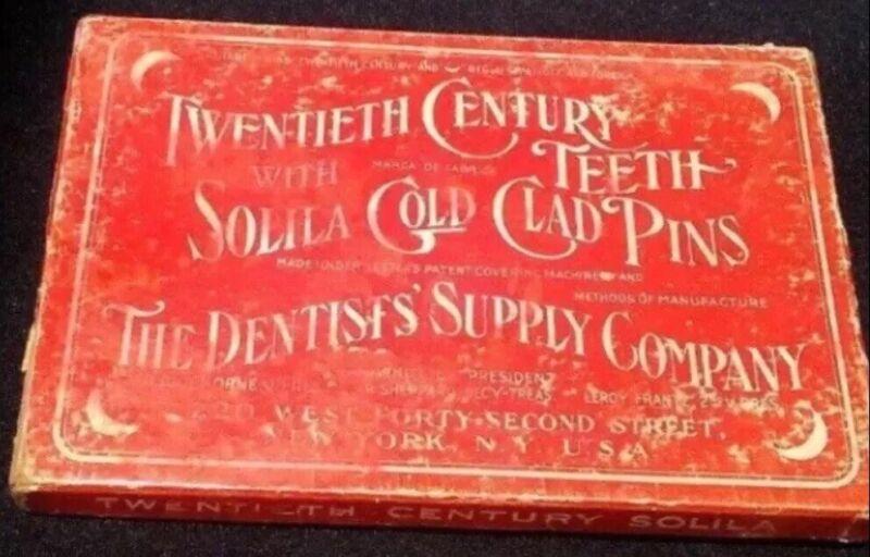 ANTIQUE DENTAL 24K GOLD SOLILA CLAD PINS TEETH FOR VULCANITE DENTURES 1922 RARE