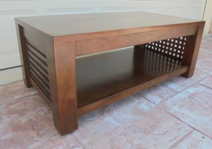 1.2m Wide Wooden Coffee Table / Side Table with Shelf