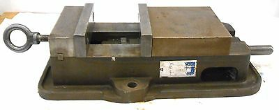 Kurt 6 Ang Lock Precision Machine Vise Model D60-1 3 34 Jaw Opening