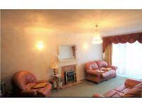 Lux 2 Bed garden flat, 2 Bathrooms + separate f/f kitchen in prestigious block,