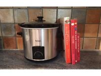 Slow cooker & recipe books