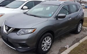 2016 Nissan Rogue S AWD, Ontario Vehicle, Bluetooth, $66/Wk!