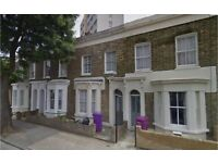 Bow E3. Large and Modern 4 Bed Furnished House with Garden on Quiet Street near Station