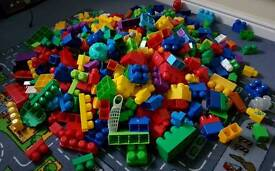 Mega Blocks mixed (441 pieces)