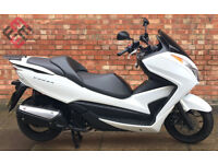 Honda Forza 300cc (65 REG) in white, Excellent condition, Only 3070 miles!