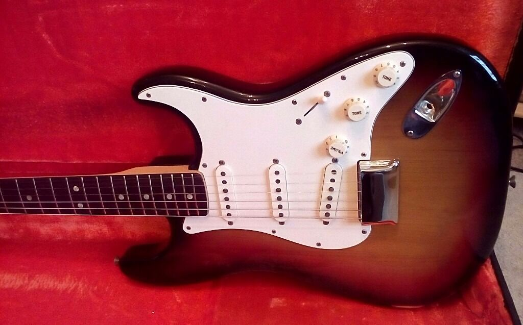 Fender Stratocaster 1973 with OHSCin Streatham, LondonGumtree - guitar dont miss it!