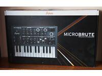 MicroBrute - Arturia Synth Keyboard