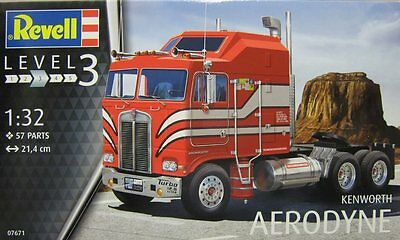 Revell 1/32 Kenworth Aerodyne Plastic Model Kit 07671