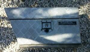 UNDER TRAY TOOL BOX TRAY BOX DRIVERS SIDE UTE TOOL BOX TRADE TOOLS