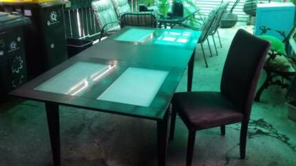 Dining Suite with 6 Chairs