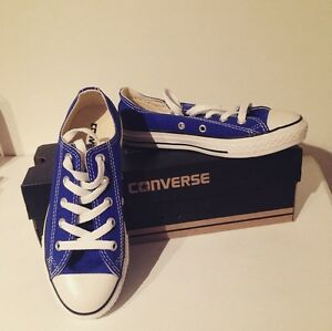 NEW IN BOX! Converse ALL STAR low-top lace canvas shoes
