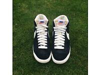 Nike Blazers - Size 6, Black