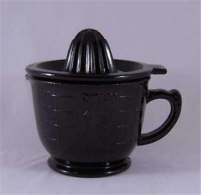Black Glass 2 Cup Juicer- Reamer