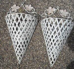 2-White-Metal-Plant-Flower-24-Antique-Wall-Sconce-Holder ... on Wall Sconces That Hold Flowers id=76192