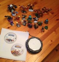Whole lot of Wii Skylanders characters and two games