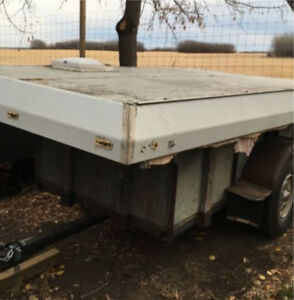 Tent trailer roof.