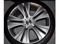 "22"" Vogue alloy wheels"