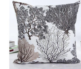 Lovely cushion cover, tree pattern, 2 available, brand new, 17x17 (44cm)