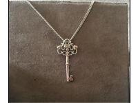 Necklace clogau gold Kensington Key Pendant