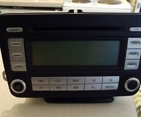 VW RCD 500 RADIO with 6CD changer.