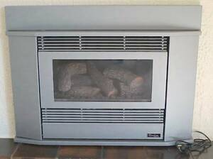 Premium Gas Log heater, with remote. Forest Hill Whitehorse Area Preview