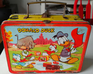 1954 ADCO LIBERTY MICKEY MOUSE & DONALD DISNEY METAL LUNCHBOX