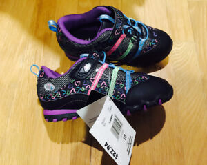 Brand new with tag on - girl light up running shoes size 10